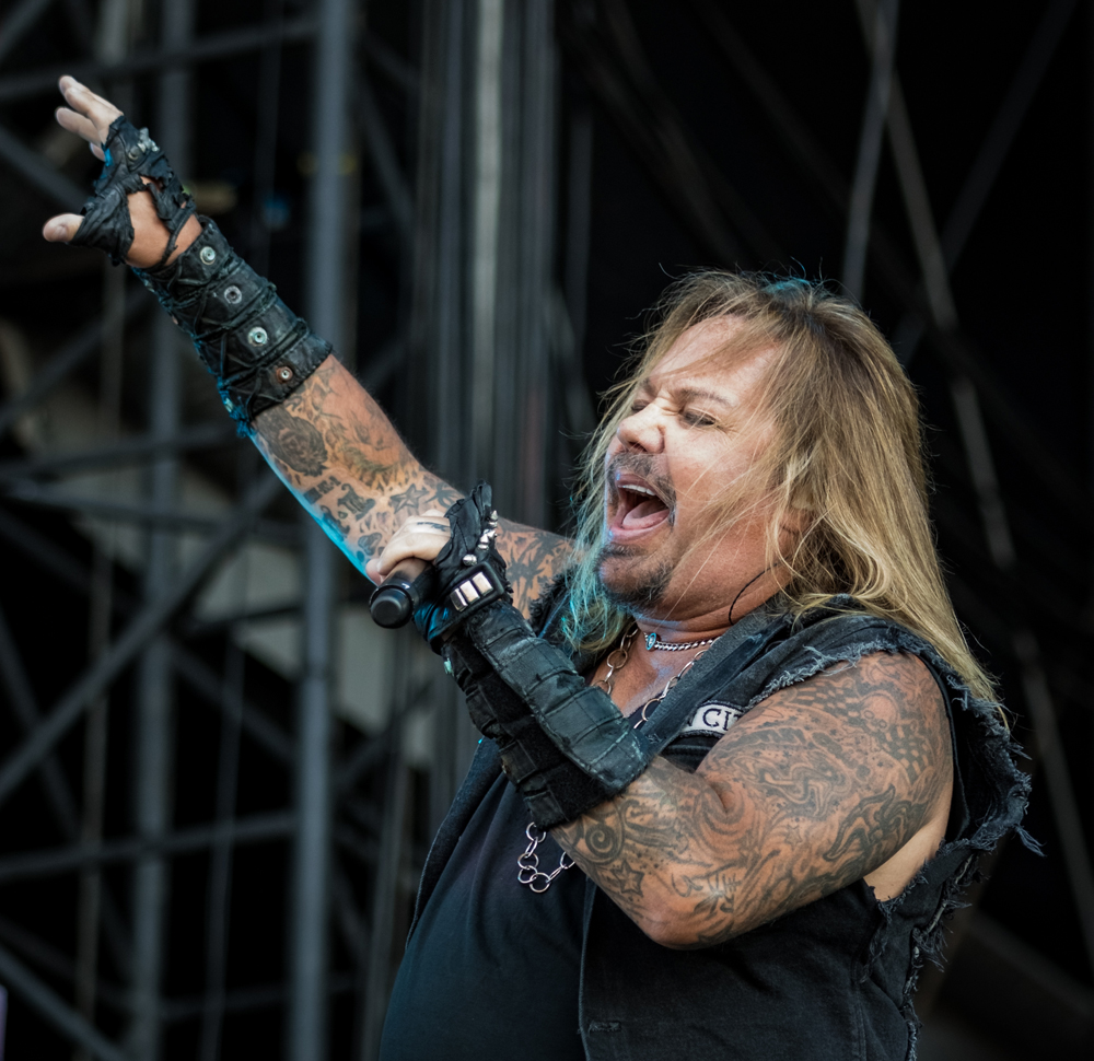 Mötley Crüe's PR Problem, the First Death Metal Band, and More Stories You May Have Missed This Week | MetalSucks