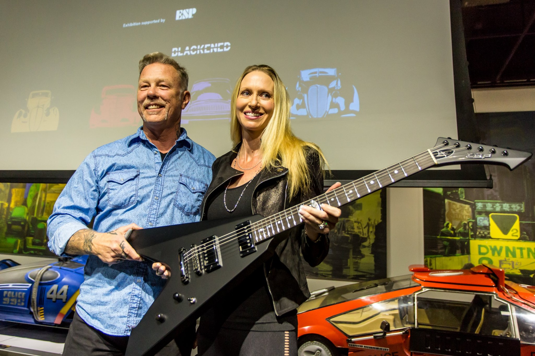 Video And Photos Metallica S James Hetfield Makes His First Public Appearance Since Entering Rehab Metalsucks